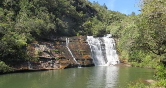 cachoeira-lagoa-azul