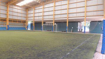 Campo de Futebol em Grama Sintética