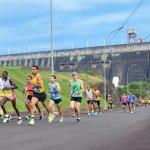 Sesc PR realiza neste domingo a 12ª Maratona Internacional de Foz do Iguaçu Sesc PR