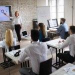 Criando apresentações no Prezi e no PowerPoint – 25/01/2020 – 09:00